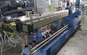 CHT-52B-twin-screw-extruder-compounding-line-in-Egypt
